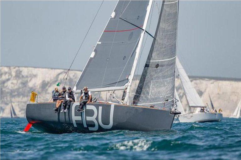 Hochseeregatta zur 'Robbe & Berking German Offshore Trophy' startet vor Helgoland